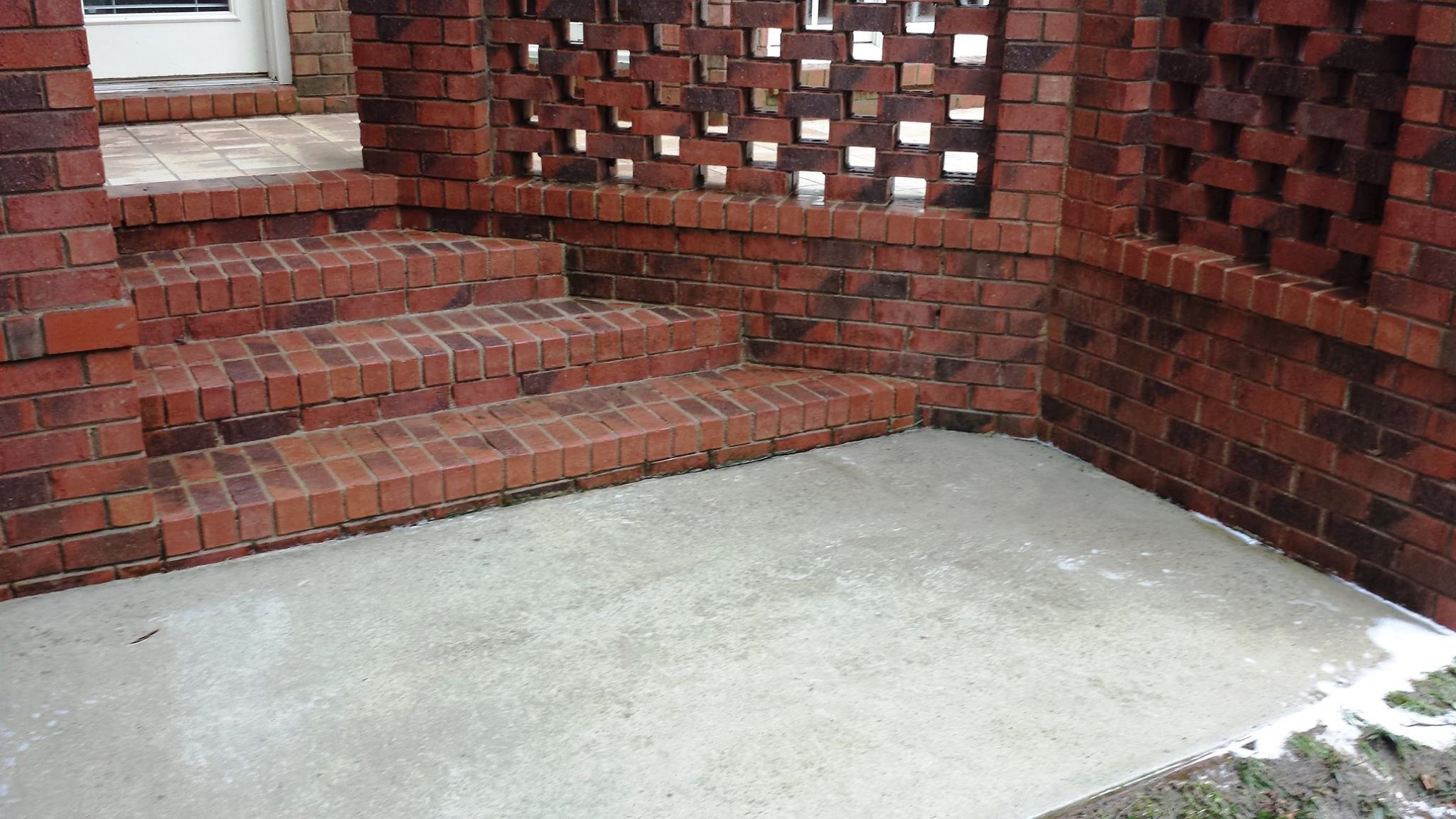 Brick/Concrete After Cleaning - Camelot Pressure Washing